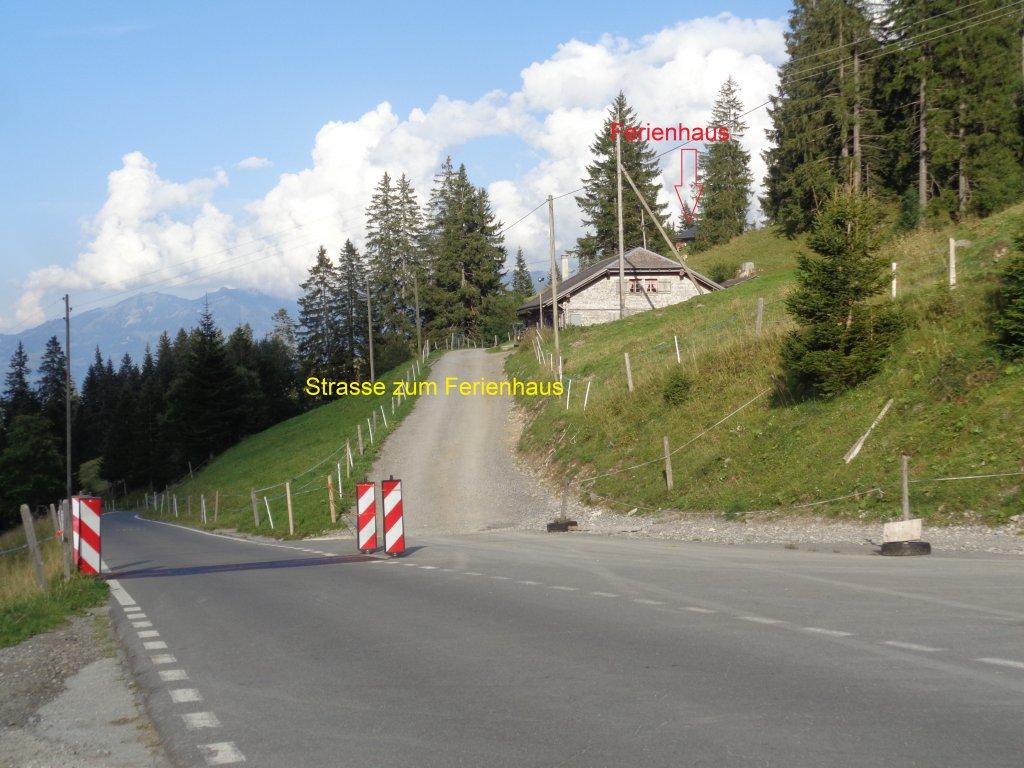 image-8358995-Strasse_zum_Ferienhaus.w640.jpg
