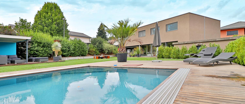 Villa mit Pool in Gurmels