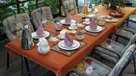 Frühstück auf Terrasse
